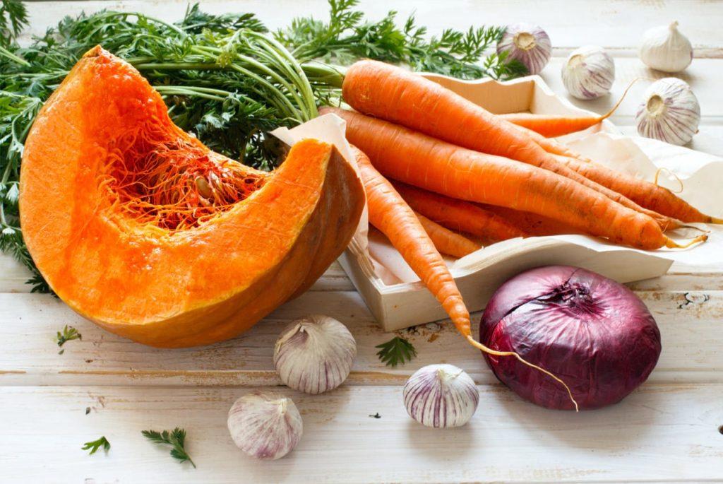 Тыква и морковь для кормления птенцов