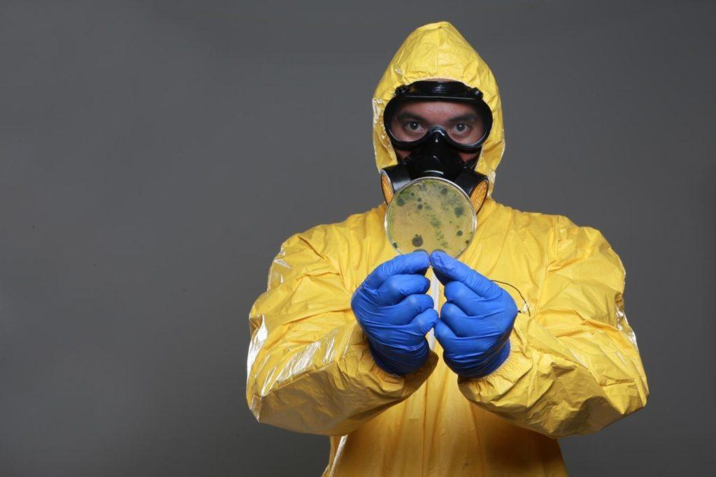 Спецодежда для дезинфекции помещения